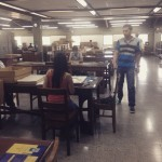 The reading room in the Sala de Prensa, at the University of Antioquia.